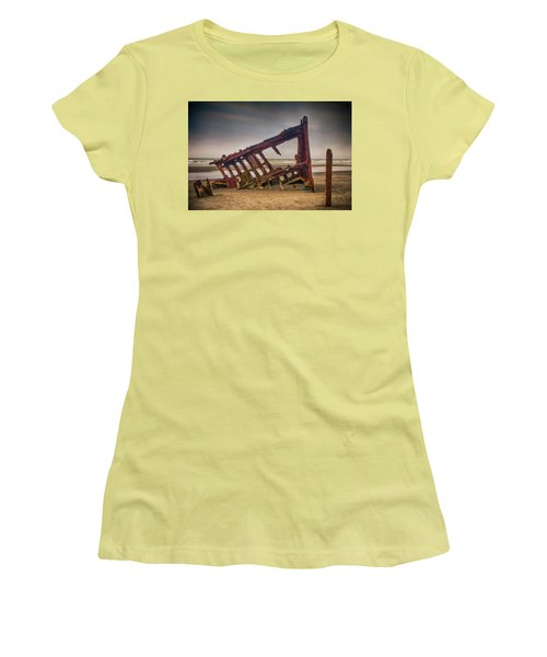 Rusty Shipwreck Women's T-Shirt (Athletic Fit)