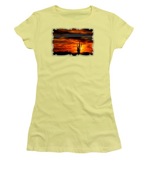 Saguaro Sunset H31 Women's T-Shirt (Athletic Fit)