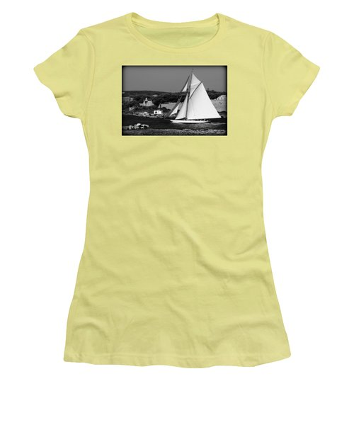 sailboat - a one mast classical vessel sailing in one of the most beautiful harbours Port Mahon Women's T-Shirt (Junior Cut) by Pedro Cardona