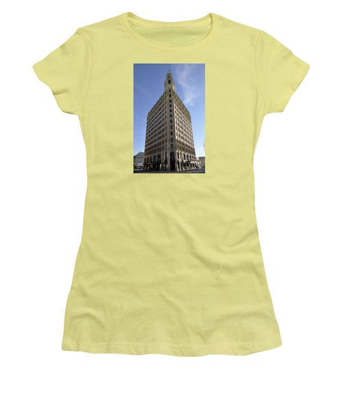 San Antonio Building 2 Women's T-Shirt (Athletic Fit)