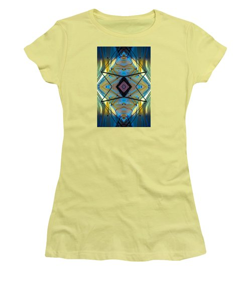 Scaffolding 5275 N69v2 Women's T-Shirt (Athletic Fit)
