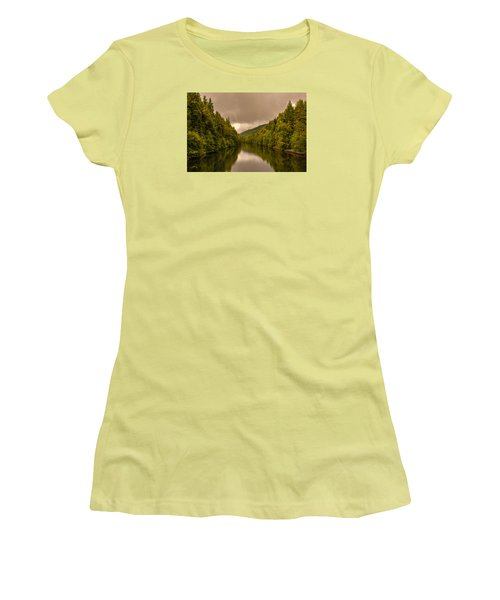 Scottish Loch 5 Women's T-Shirt (Athletic Fit)
