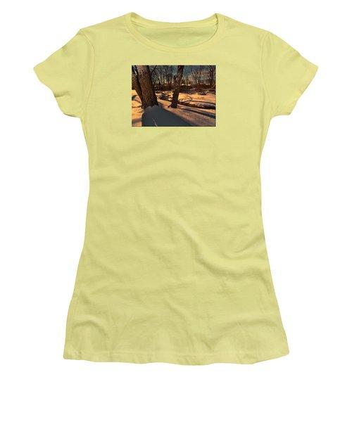 Setting Sun On A Winters Day Women's T-Shirt (Junior Cut)