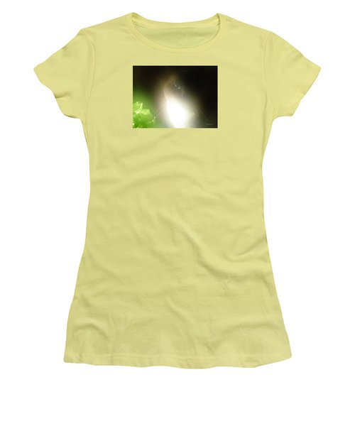 Shimmering Belle Women's T-Shirt (Junior Cut)