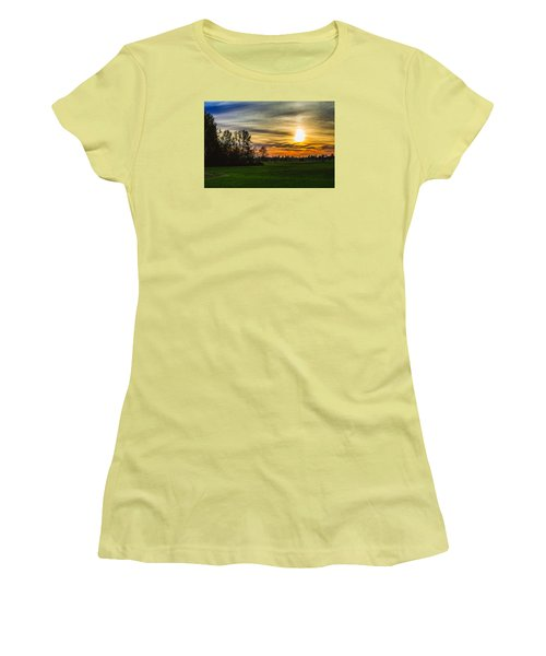 Silhouette And Sunset Women's T-Shirt (Athletic Fit)