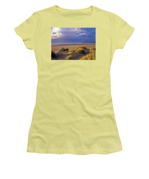 Siltcoos River Mouth Women's T-Shirt (Athletic Fit)