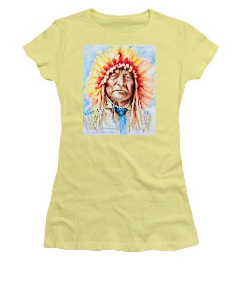 Sitting Bear Women's T-Shirt (Junior Cut) by Victor Minca