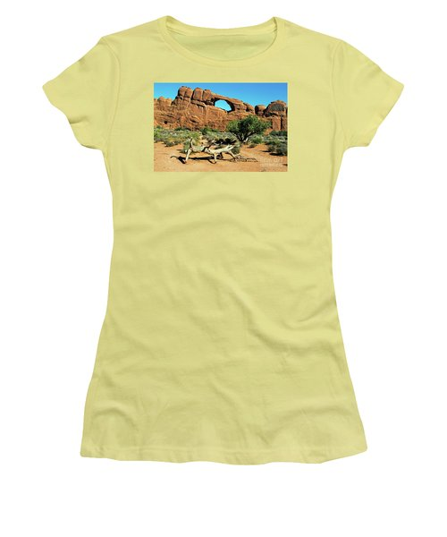 Skyline Arch Women's T-Shirt (Athletic Fit)
