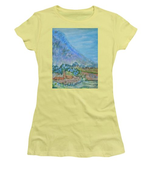 Skyline Drive Begins Women's T-Shirt (Athletic Fit)