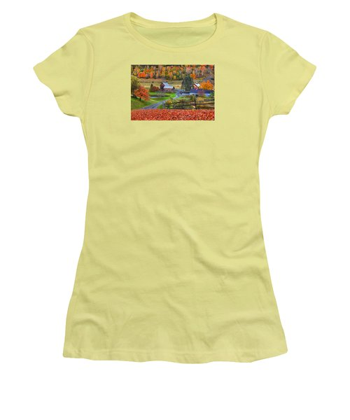 Sleepy Hollows Farm Woodstock Vermont Vt Autumn Bright Colors Women's T-Shirt (Athletic Fit)