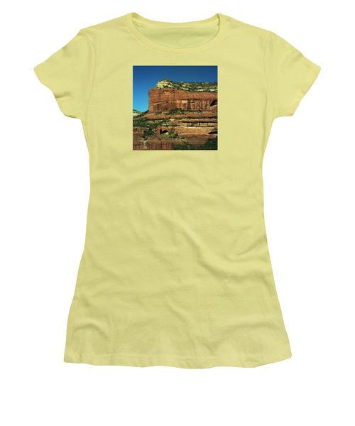 Sodona Az Women's T-Shirt (Athletic Fit)