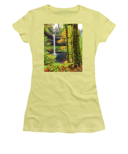 South Silver Falls Women's T-Shirt (Athletic Fit)