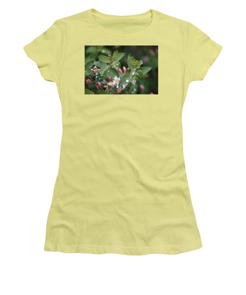 Spring Showers 5 Women's T-Shirt (Athletic Fit)