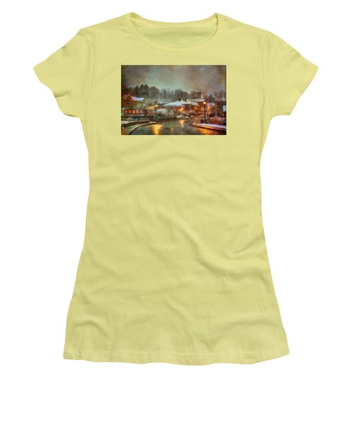 Spring Snow In Peterborough Nh Women's T-Shirt (Athletic Fit)