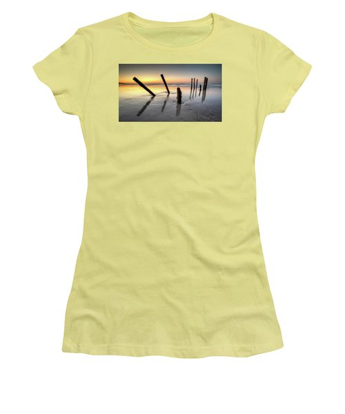 St Clair Sunset Women's T-Shirt (Athletic Fit)