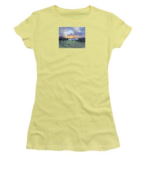 Stanley Hotel Sunset Women's T-Shirt (Junior Cut) by Jill Musser