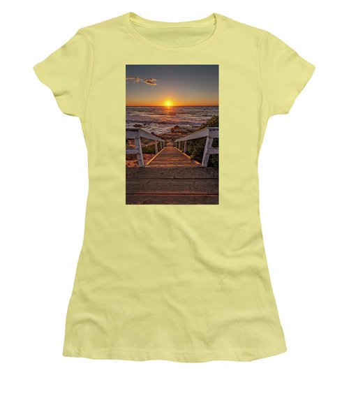 Steps To The Sun  Women's T-Shirt (Athletic Fit)