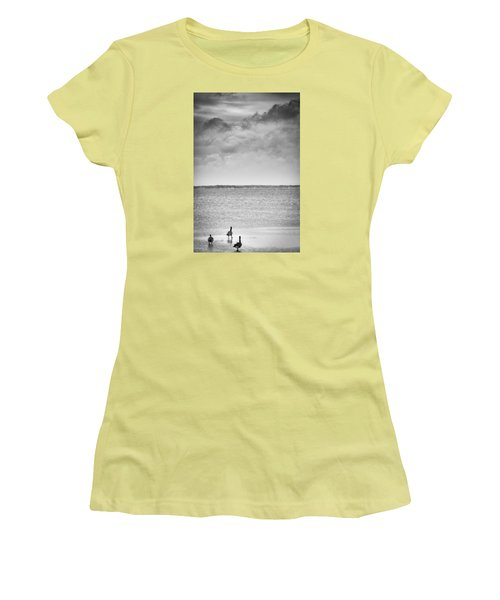 Canada Geese - Currituck Sound Women's T-Shirt (Athletic Fit)