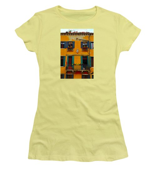 Street Scene Venice Women's T-Shirt (Junior Cut) by Richard Ortolano