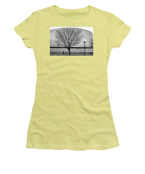 Street Shot At The Hirshorn  Women's T-Shirt (Athletic Fit)