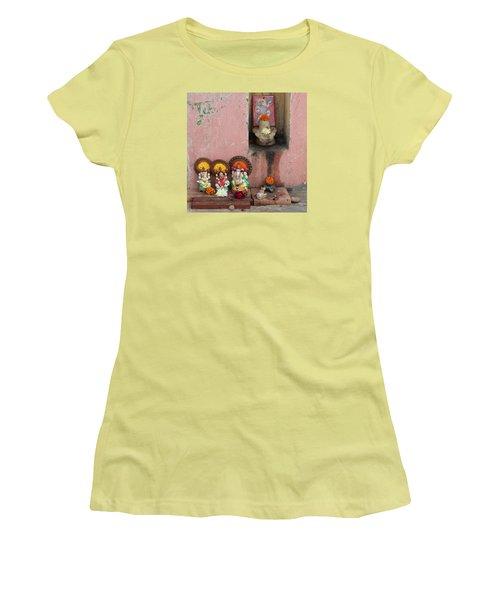 Street Temple, Haridwar Women's T-Shirt (Junior Cut) by Jennifer Mazzucco