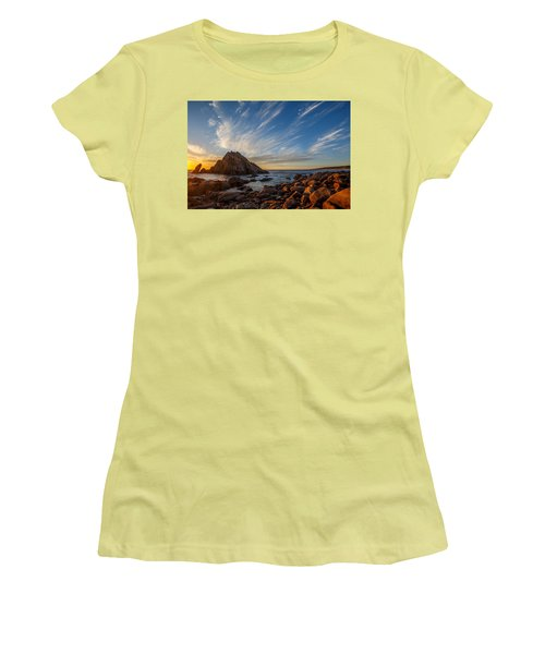 Sugarloaf Rock  Women's T-Shirt (Athletic Fit)