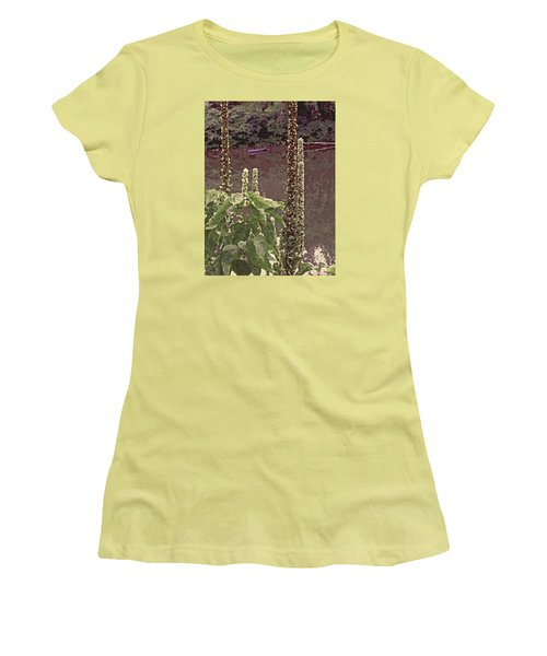 Summer's Last Stand Women's T-Shirt (Athletic Fit)