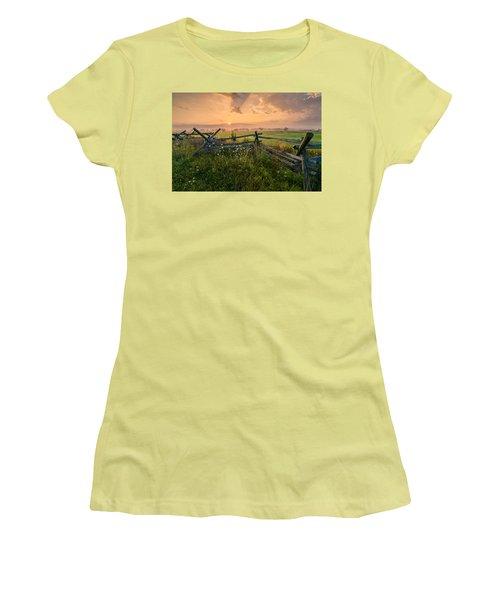 Sunrise At Gettysburg National Park Women's T-Shirt (Junior Cut) by Craig Szymanski