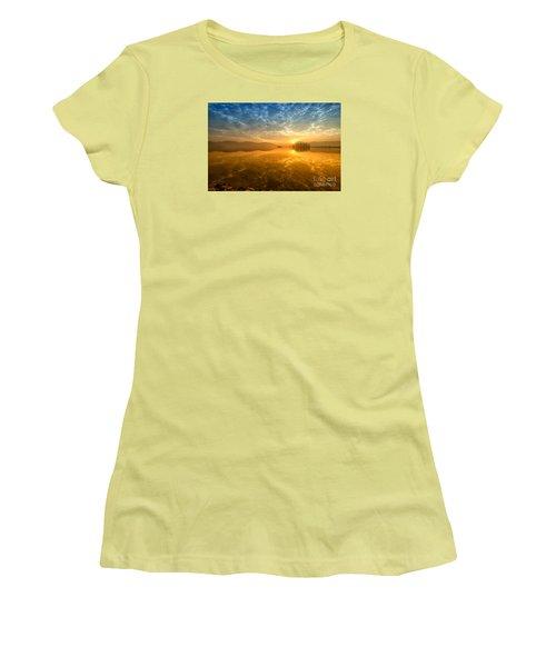 Sunrise At Jal Mahal Women's T-Shirt (Junior Cut) by Yew Kwang