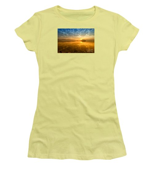 Women's T-Shirt (Athletic Fit) featuring the photograph Sunrise At Jal Mahal by Yew Kwang
