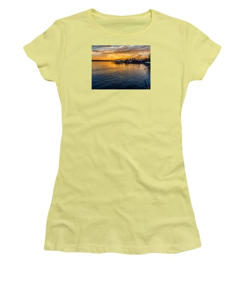 Sunrise Over Commencement Bay Tacoma, Wa Women's T-Shirt (Athletic Fit)