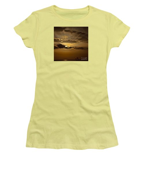 Women's T-Shirt (Junior Cut) featuring the photograph Sunset And Sanpan by Shirley Mangini