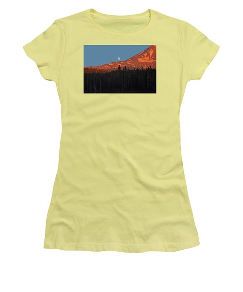 Sunset And Sunrise At Mt Adams Women's T-Shirt (Athletic Fit)