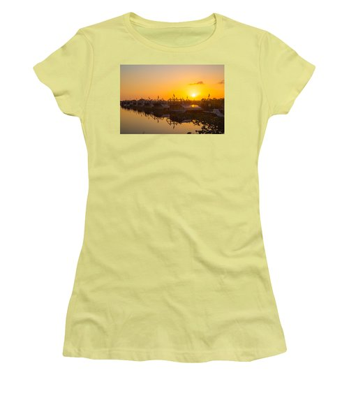 Sunset At Everglades Holiday Park Women's T-Shirt (Athletic Fit)