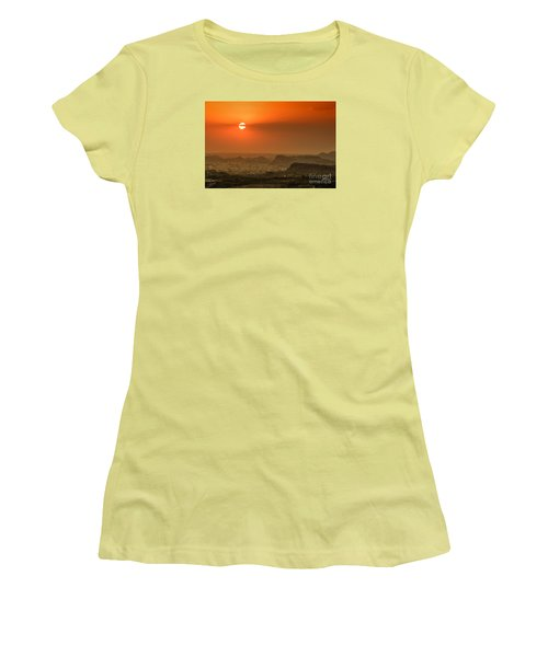 Women's T-Shirt (Athletic Fit) featuring the photograph Sunset At Jodhpur by Yew Kwang