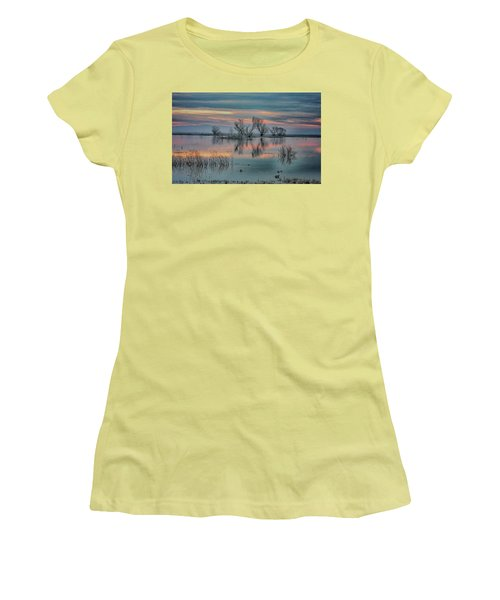 Sunset At San Luis   Women's T-Shirt (Athletic Fit)