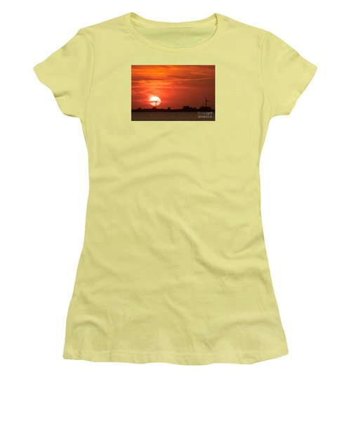 Sunset Husum Women's T-Shirt (Athletic Fit)