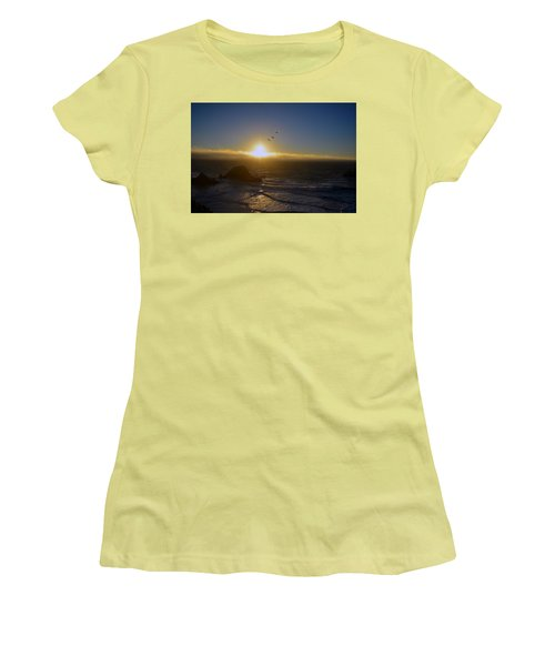 Sunset In San Francisco Women's T-Shirt (Athletic Fit)