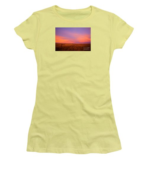 Sunset In Wyoming Women's T-Shirt (Athletic Fit)