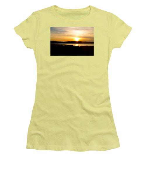 Sunset On Morrison Beach Women's T-Shirt (Athletic Fit)
