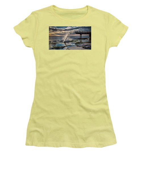 Sunsets Show Women's T-Shirt (Athletic Fit)