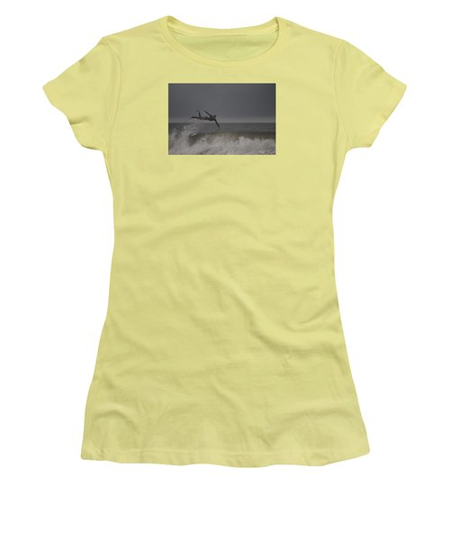 Super Surfing Women's T-Shirt (Junior Cut)