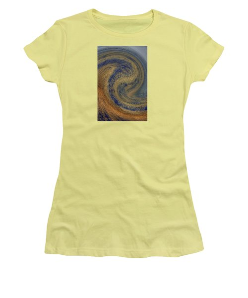 Swirl Women's T-Shirt (Athletic Fit)