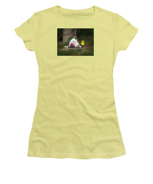 Teacup Finch Women's T-Shirt (Junior Cut) by MTBobbins Photography
