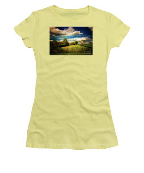 Thaxted With Millpond Women's T-Shirt (Athletic Fit)