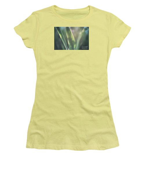 The Allotment Project - Sweetcorn Leaves Women's T-Shirt (Athletic Fit)