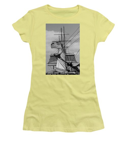The Caravel Women's T-Shirt (Athletic Fit)