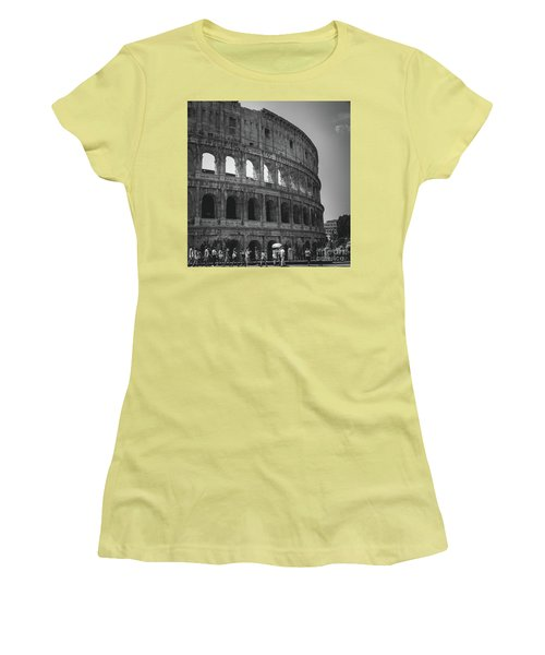The Colosseum, Rome Italy Women's T-Shirt (Athletic Fit)