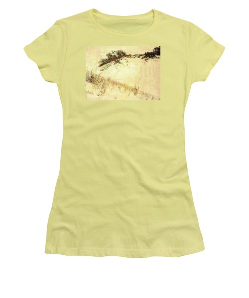 The Dunes Women's T-Shirt (Athletic Fit)
