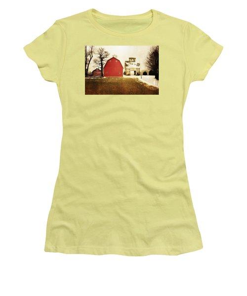 Women's T-Shirt (Junior Cut) featuring the photograph The Favorite by Julie Hamilton